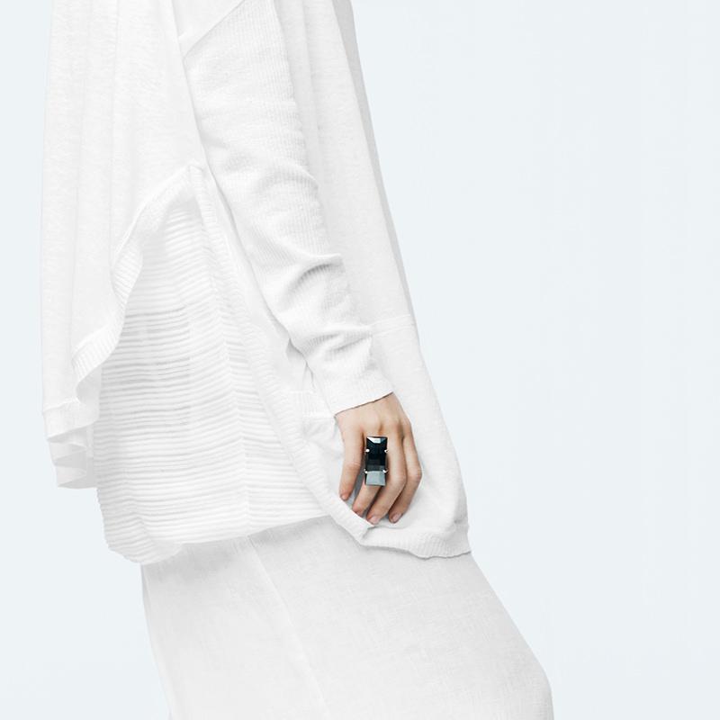 Sarah Pacini BLACK MIRROR RING Back view