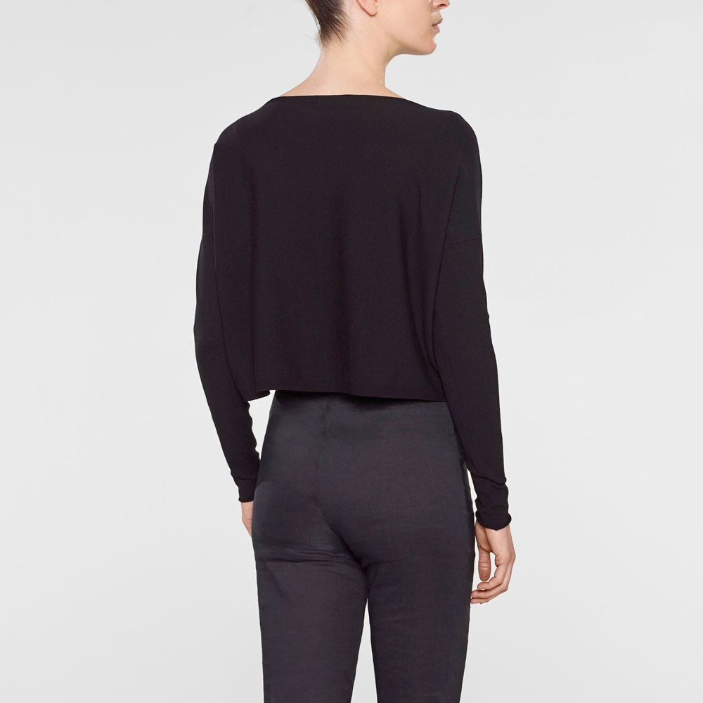 Sarah Pacini Short sweater Back view