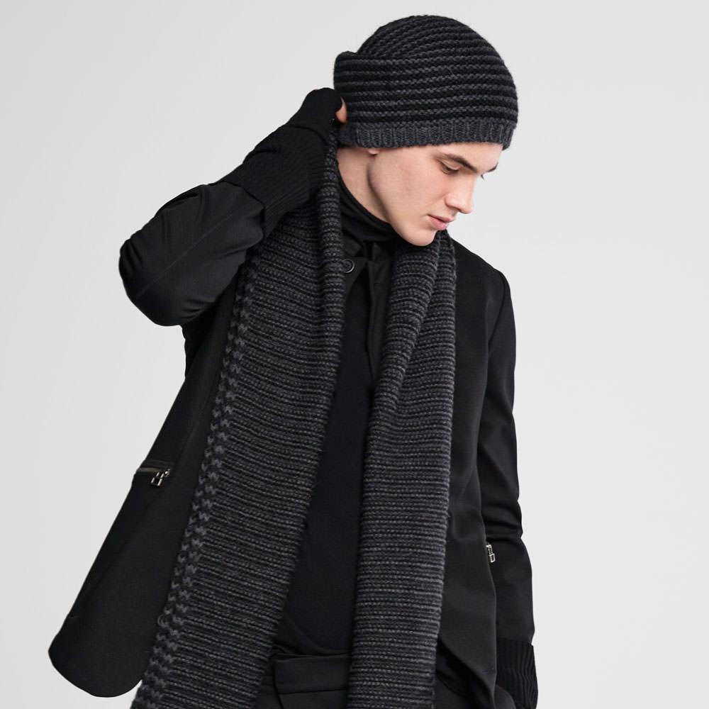 Sarah Pacini Knit cap Front